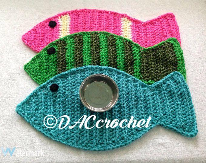 Crochet Pattern Dog Bone Placemat Pet Food Bowl Floor Mat Etsy In 2020 Crochet Placemats Crochet Patterns Crochet Fish