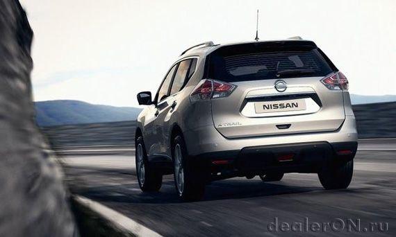 Кроссовер-внедорожник Ниссан Х-Траил 2015 / Nissan X-Trail 2015