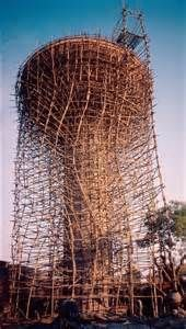 """Andamios de bambú en un complicado giro """"argumental"""""""