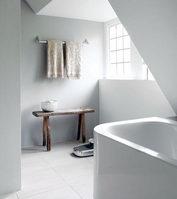 Ben jij, net als heel veel mensen, in het bezit van een kleine badkamer waar ...