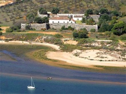 Secretplaces - Forte de São João da Barra Cabanas de Tavira, Algarve, Portugal