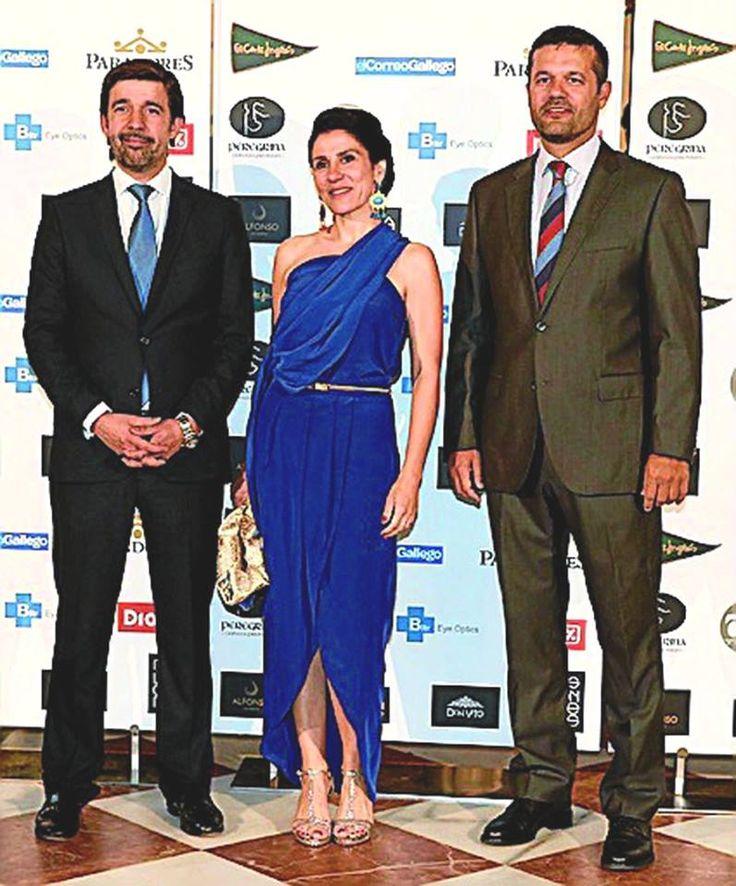 Marta Atán, nominada a los Premios Elegantes de El Correo Gallego, luciendo total look Nubbe Clothes.