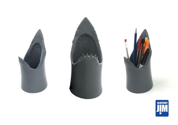 Resin+Shark+Pen+Tidy+,+hand+made+Retro+shark