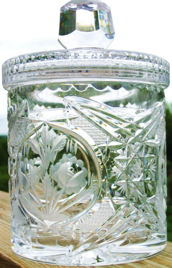 Lead Crystal Lidded Biscuit Jar