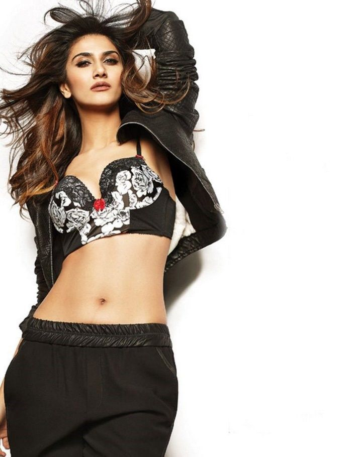 haircut in lingerie 59 best vaani kapoor images on indian 3325 | b8b12bae47fee33e39034da11bcc3325 photo shoot bollywood