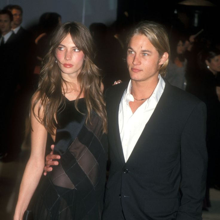 Is Travis Fimmel in a relationship?