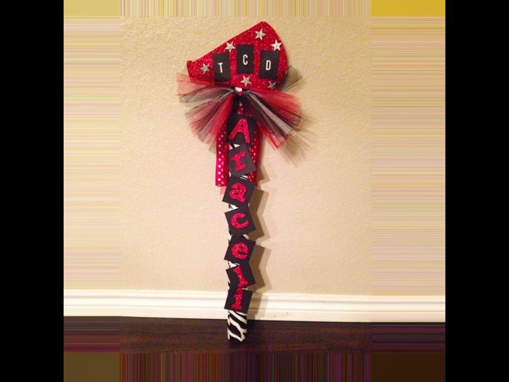 Cheer spirit stick for performance and competition