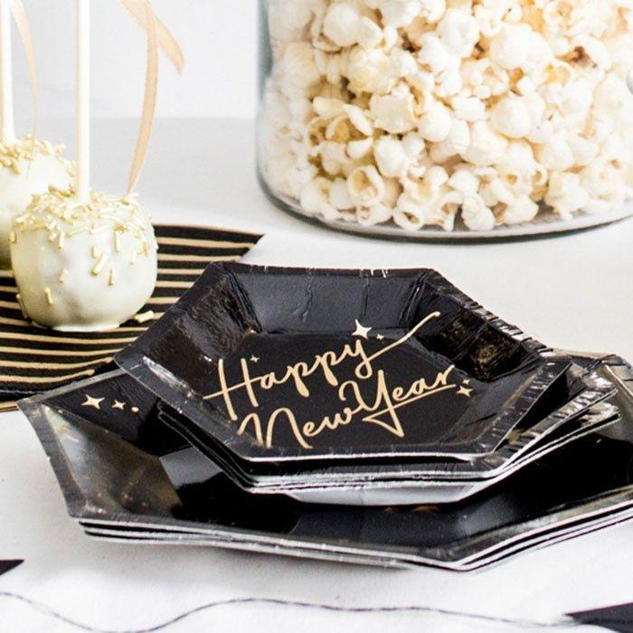 Canape Bordjes Happy New Year 6st Black Gold Bekijk De Allerleukste Oud Nieuw Decoratie Voor Een Happy New Year S Eve Pa Papieren Borden Decoratie Hapjes