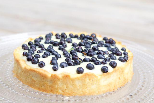 Hämmentäjä: Heavenly blueberry and vanilla bowl. Mustikka-vaniljakulho
