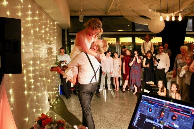 True South Black Rock Wedding and Corporate Events. Melbourne Wedding DJ, Wedding Live Band, Acoustic Duo, Master of Ceremonies and Dancer Studio.