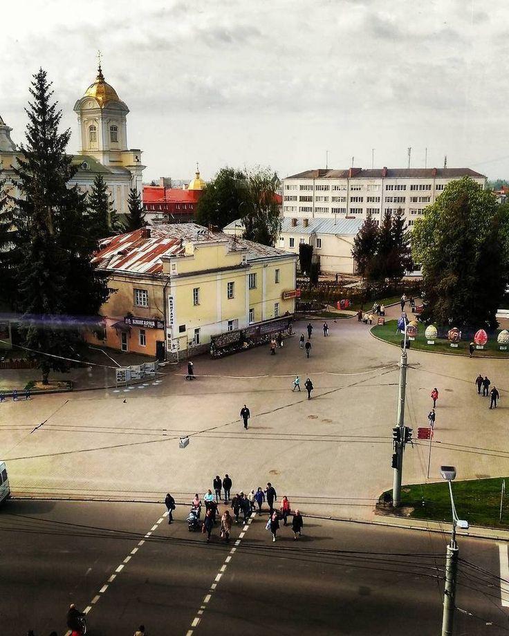 Фото: @annyonline_    #луцьк #луцк #lutsk #ukraine #ua #україна #украина #волинь #волынь #ukraina_blog #ukrainagram #ukrainogram #ukraineonline #lutskgram