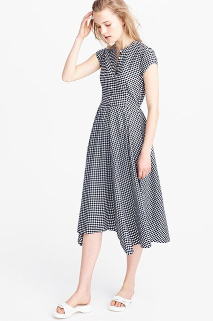 These J.Crew Items Are FIRE  #refinery29  http://www.refinery29.com/2016/06/114391/j-crew-summer-clothing-2016#slide-4  I'd never guess this was from J.Crew. Would you? J.Crew Gingham Short-sleeve Shirt Dress, $128, available at J.Crew. ...