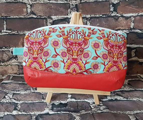 Hey, I found this really awesome Etsy listing at https://www.etsy.com/ca/listing/289525119/clutch-wristlet-purse-handbag-cruise