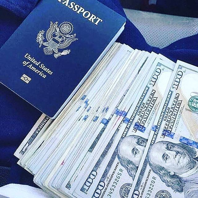 Start earning enough money to fulfill all your want, from buying a house to getting a car!!!! Affording college fees, providing food for the family just by trading online. Traveling from one country to another all for trade. Inbox me now. Let me lead you to the world of wealth. #binary #binaryoption #binarysignals #expert #expertrader #account #accountmanager #forexsignals #moneyspeaks #mondayvibes #billionaire #millionaire #millionairemindset #wealth #makeeasymoney #makemoneyonline…