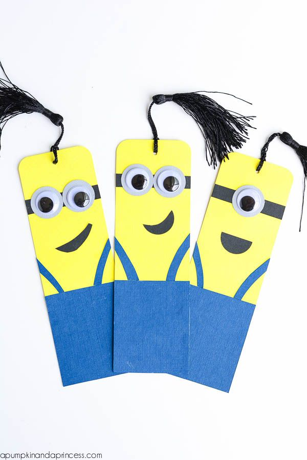 Minions Crafts - marcador de livro by http://apumpkinandaprincess.com/2015/07/diy-minion-bookmarks.html