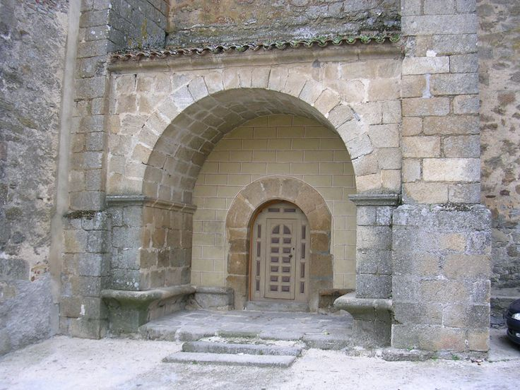 Portada del Cierzo de la Iglesia de San Andrés (Castillo de Bayuela) Siglo XVII