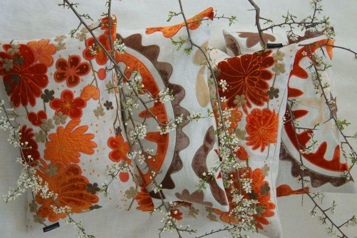 #Niwanautilus #orange #floral #adamviktoria
