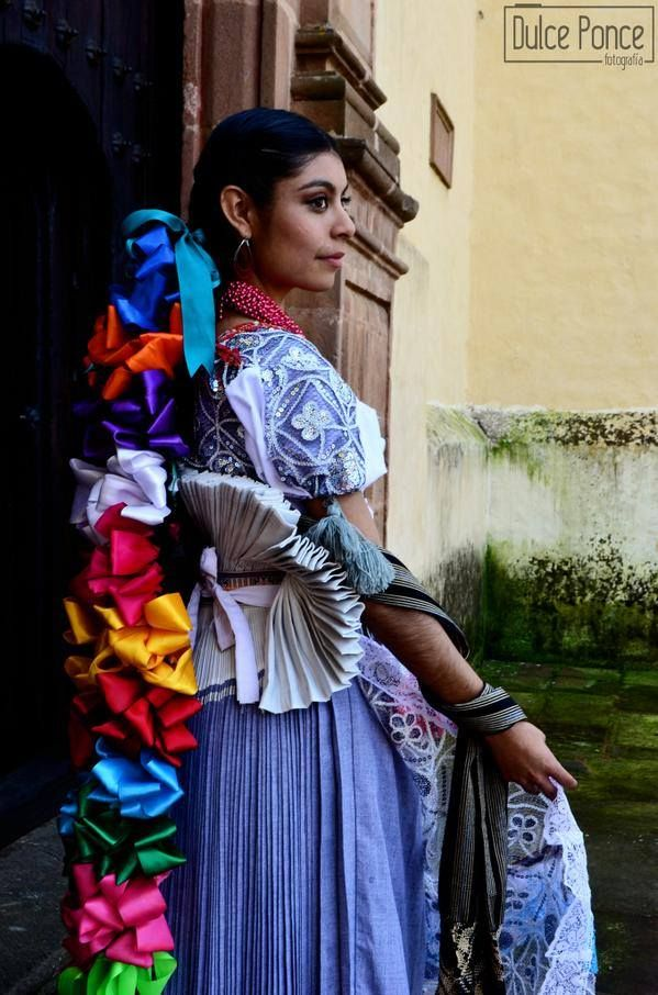 traje de novia de la etnia purepecha, de Michoacan