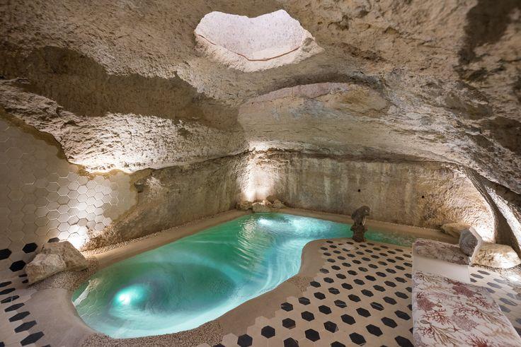 #eera#grotta#piscina