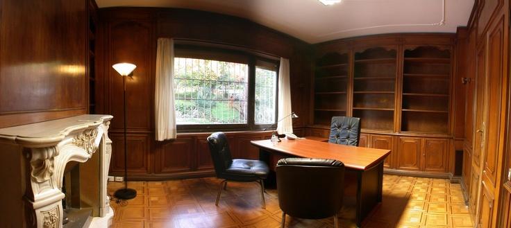 Ufficio Direzionale finemente arredato con camino interno Business Superior Office - refined interior design with fireplace