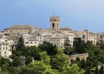 Recanati, a soli 7 km da Loreto