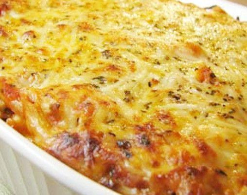 Travessa Colorida de Bacalhau Gratinado no Forno - http://www.receitasja.com/travessa-colorida-de-bacalhau-gratinado-no-forno/