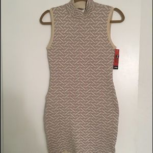I just discovered this while shopping on Poshmark: Gold and silver bodycon dress. Check it out! Price: $15 Size: L, listed by mochasucre