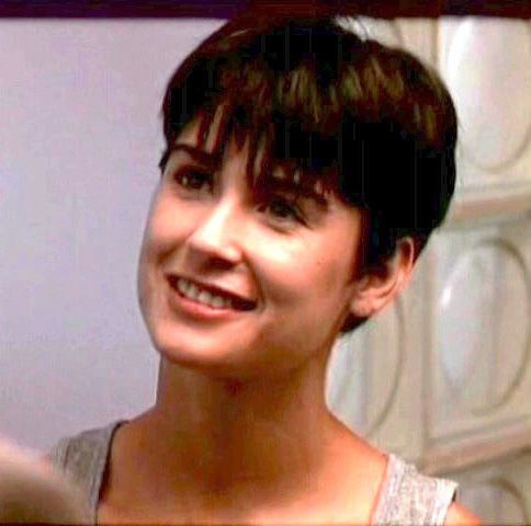 Demi+Moore+Short+Hair | Molly Jensen (Demi Moore), Ghost Bucking the popular big hair trend of ...