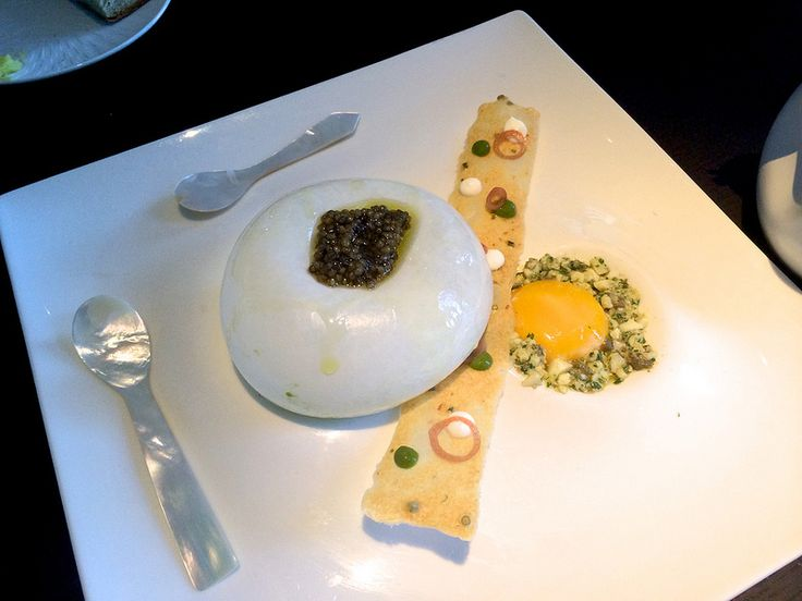 #caviar #edibleluxury #tastecaviar #food #foodporn #luxuriousfood #foodie #foodstagram #finefood #delicious #foodpics #finedining #foodlovers #beluga #lovecaviar #BelugaCaviar #instafood #indulge #gourmet #sturgeon #osetra #royalosetra #OsetraCaviar #caviale