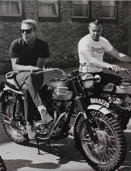 410 best vintage motorcycles images on pinterest vintage. Black Bedroom Furniture Sets. Home Design Ideas