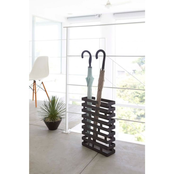 BRICK - UMBRELLA STAND BK
