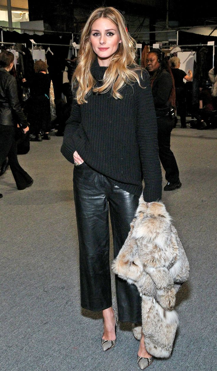 Casual Chic in the most gorgeous loose leather trousers.