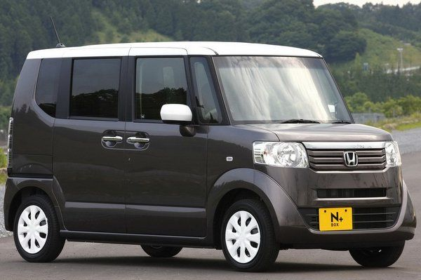 Honda's new mini vehicle N Box+ makes its way into Japanese markets. Based on the N Box city car, the new version will have additional cargo space with a well designed retractable aluminum slope which makes loading and unloading activities easier. This ramp can be folded and stored under the boot when not in use.