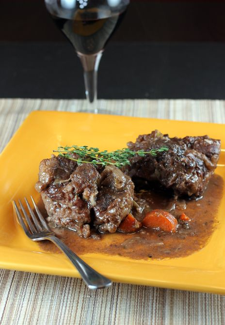 Oxtails With Brandy And Red Wine Spanish Style