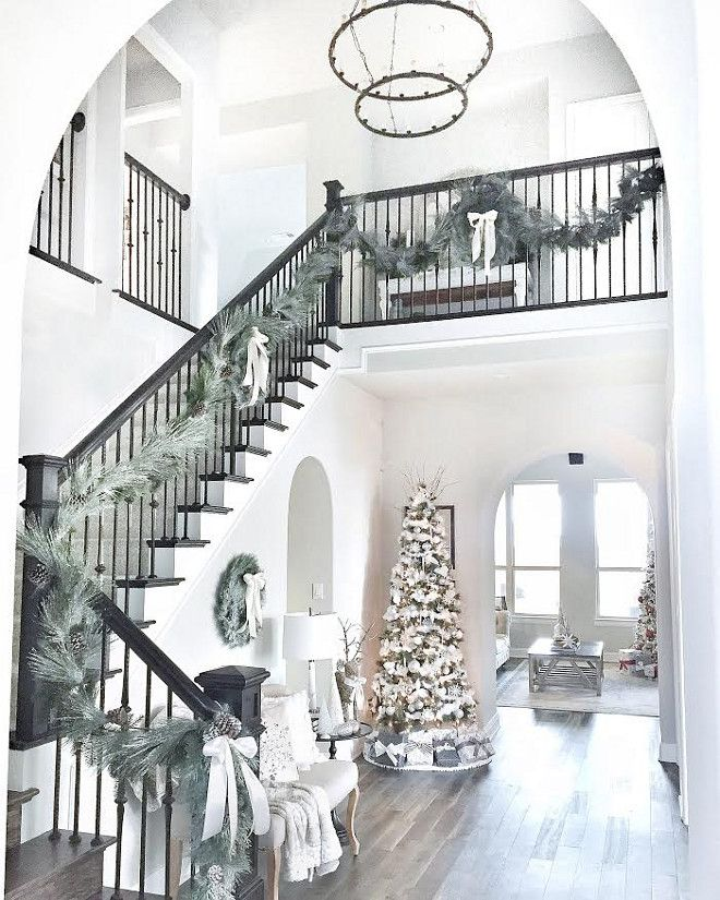 Home Decor Inspiration On Instagram How S The Christmas: 1000+ Ideas About Foyer Decorating On Pinterest
