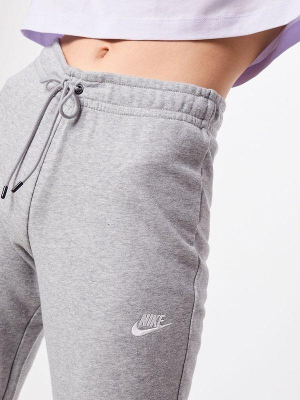 Nike Sportswear Jogginghose In Grau About You In 2020 Nike Jogginghose Nike Jogginghose Damen Jogginghose