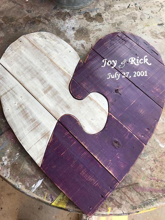 Wooden pallet heart lg