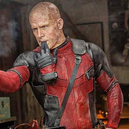 wade wilson - ryan reynolds - deadpool coming...