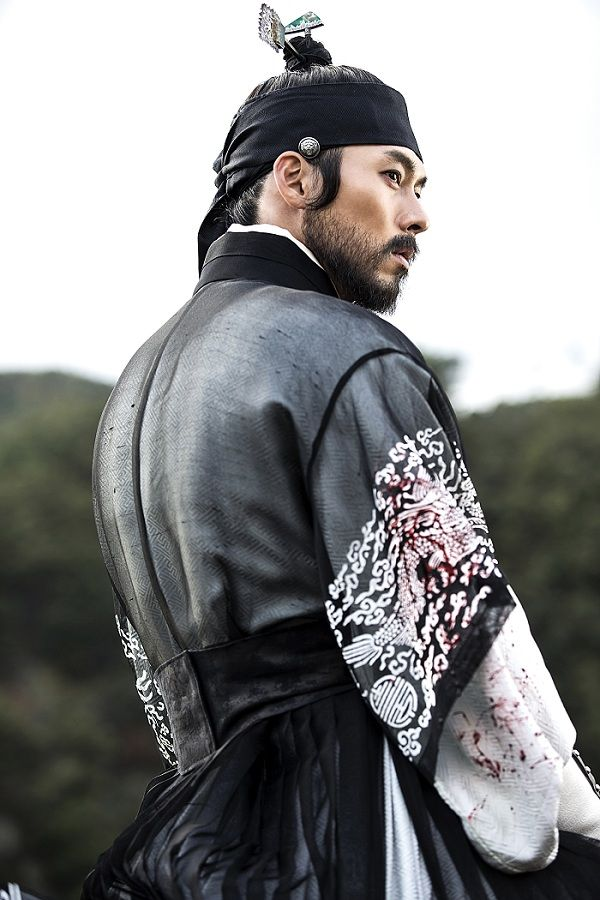 """The Fatal Encounter"" pivots around a conspiracy and an attempt at reform in the palace during the reign of King Jeongjo, the 22nd ruler of Joseon."