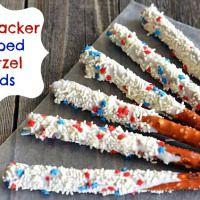 4th of July Dessert: Patriotic Dipped Pretzel Rods