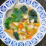 Supă de gălbiori kale și rutabaga
