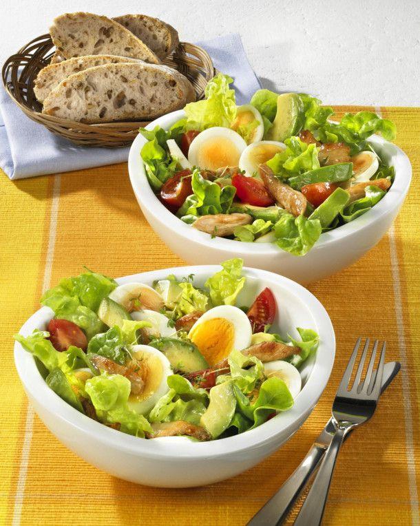 Unser beliebtes Rezept für Avocado-Eiersalat mit Putenstreifen und mehr als 55.000 weitere kostenlose Rezepte auf LECKER.de.