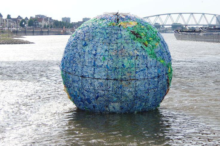 kunstwerk van afval