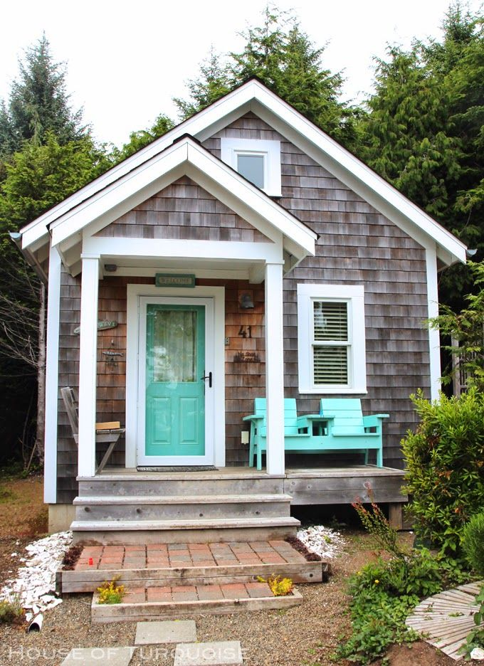 207 best small cottages cabins images on pinterest for Cute small homes