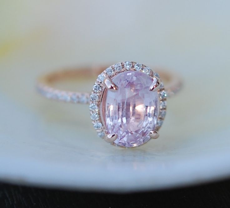»Oval #engagement #ring with peach #sapphire #rose by #EidelPrecious« #jewelry #wedding #weddinginspiration