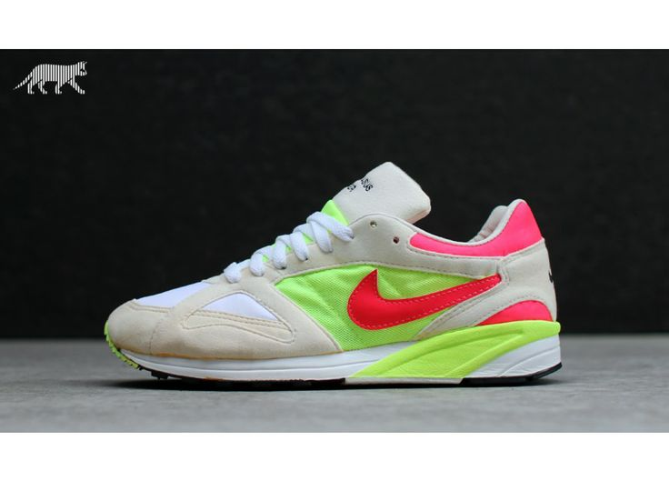 Nike Air Pegasus Racer Sz.9.5 (White / Hot Lime - Siren Red) - Alte Schule - Sneaker | asphaltgold