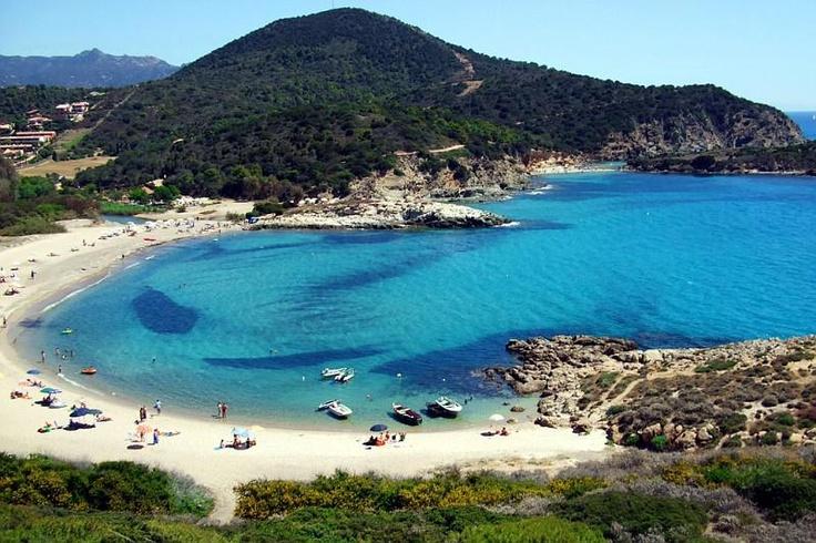 La meravigliosa spiaggia di Chia - The wonderful beach of Chia.