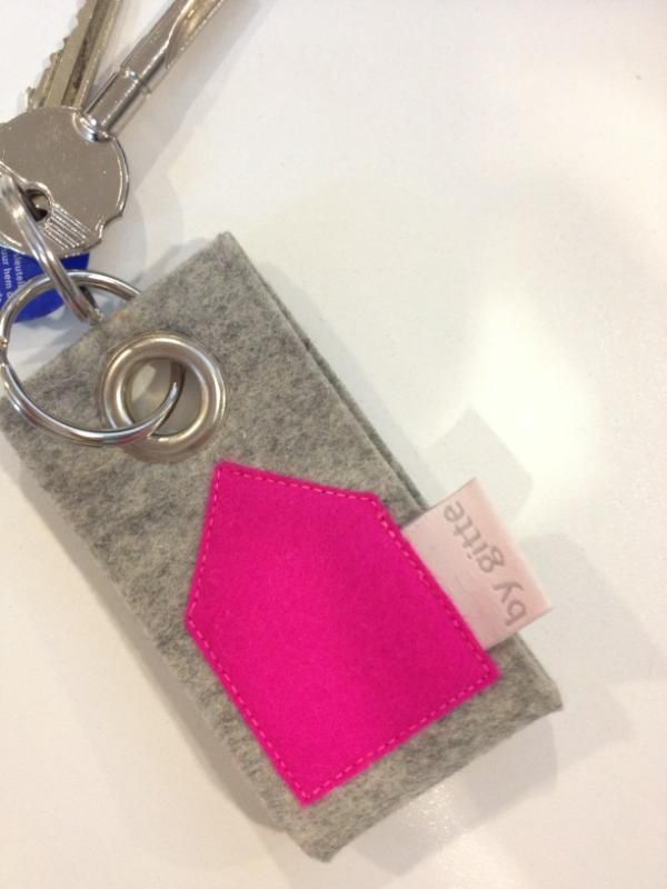 Grey and pink felt key holder.