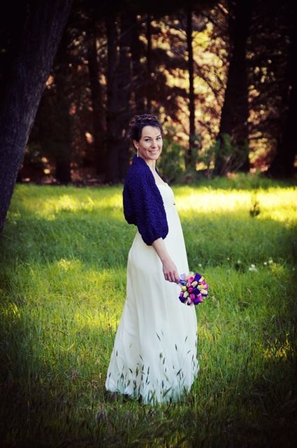 bride with bouquet, image by christina dayman photography