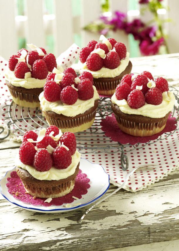 die besten 17 ideen zu hochzeit cupcakes auf pinterest cupcake zuckerguss tipps geburtstag. Black Bedroom Furniture Sets. Home Design Ideas